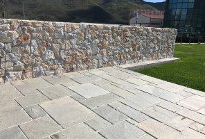 Prikaz kamen za teraso hand cut
